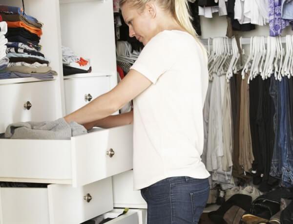 bedroom clutter