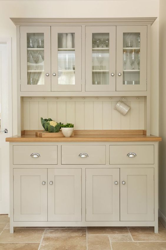 country kitchen shaker cabinet